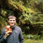 Ich beim Wandern im Regenwald